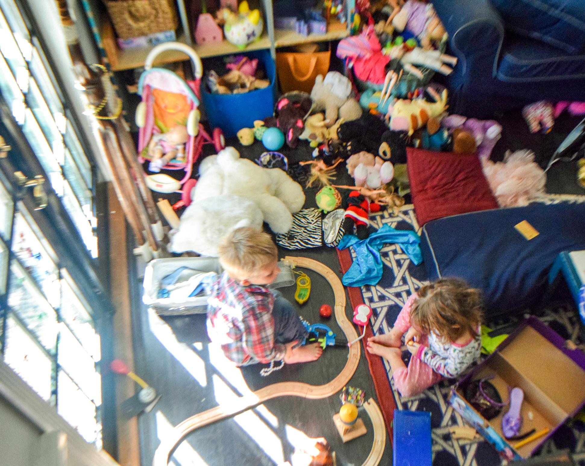 children hoarding