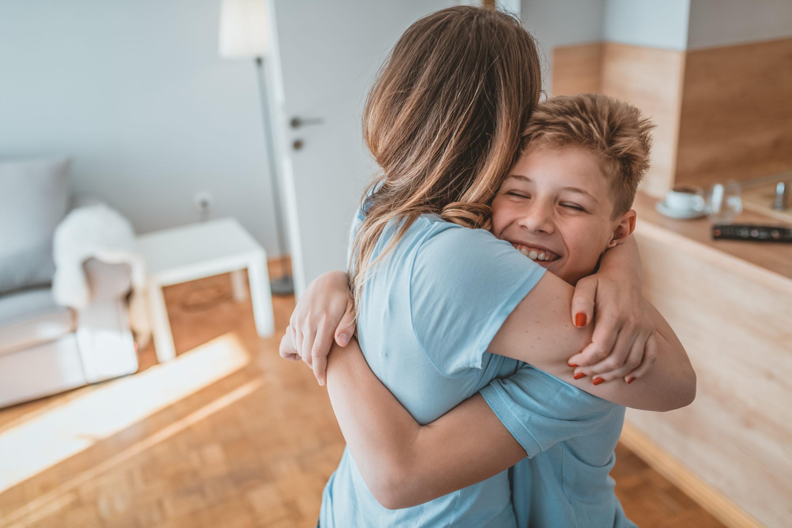my child doesn't like hugs